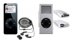iPod Nano 1GB Mp3 Player + Silver Metal Case