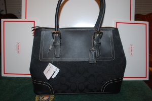 Coach (authentic w/tags)   (MSRP) $298.00-**Save $108.00**