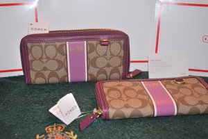 (New) Coach Wallets (MSRP) $218.00 **Save $41.00**