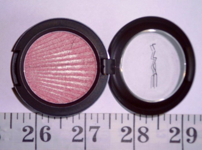 MAC Brushed Metal-X Cream Shadow: Pink Platinum