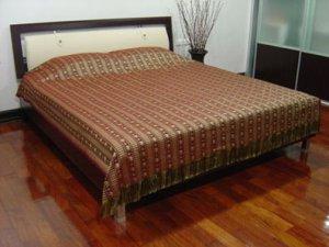 Reversible Silk Double Bed / Queen Size Bedspread Thai Elephants MAROON