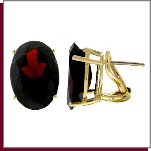 14K Yellow Gold 12.0 CT Oval Garnet Stud Earrings