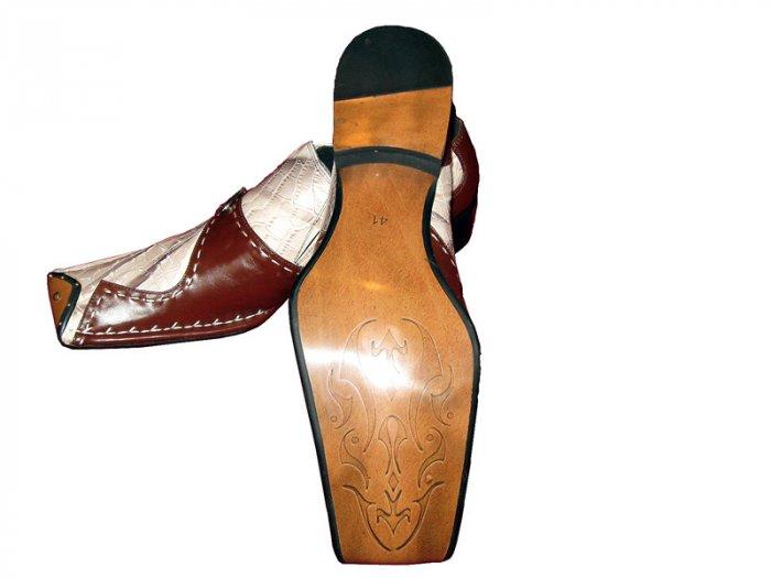 New Fiesso Crocodile print Shoe w/ Buckle (Brn/Cream) Size 13