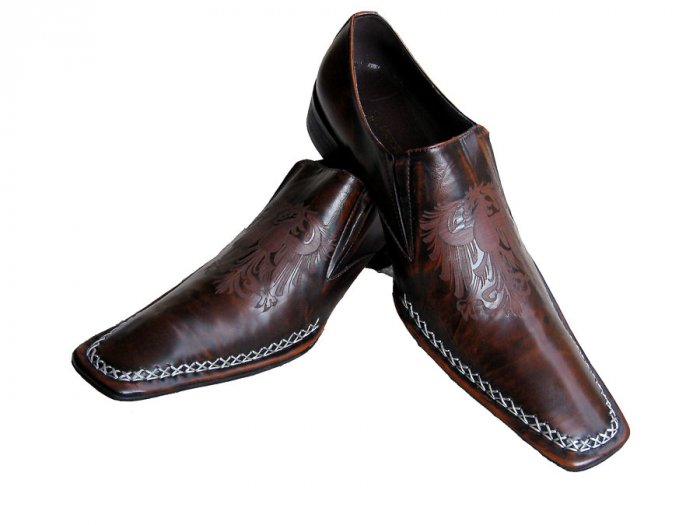 New Fiesso Hand Stitched Brown Shoe w/Nice Design Size 10