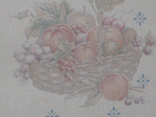Dainty blue basket wallpaper