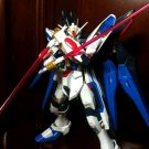 TT MG 1/100  Strike Freedom Gundam Model (With Stand)