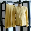 Jones New York yellow rayon long sleeve top and skirt set size 6