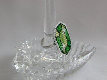 Green Gem Gemstone Plastic Canvas Ring