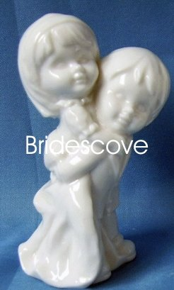 Porcelain Wedding Bride and Groom Cake Topper - Wedding Decoration / Gift - (HS90316)