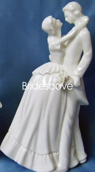 Porcelain Wedding Bride and Groom Cake Topper - Wedding Decoration / Gift - (HS90310)