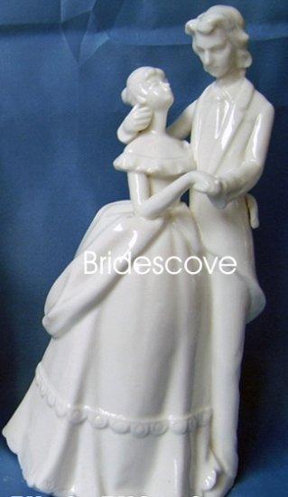 Porcelain Wedding Bride and Groom Cake Topper - Wedding Decoration / Gift - (HS90311)