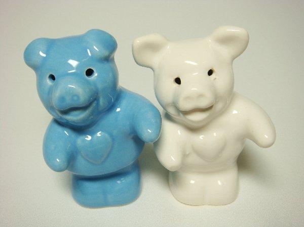 Ceramic Salt & Pepper Shakers Blue & White Pig Hug