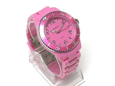 Designer inspired fashion watch(U15109AQ-61261)