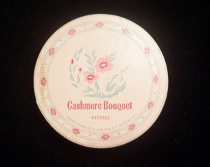 Vintage 1950�s Cashmere Bouquet Face Powder Box Natural Rachel No1