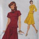 Vintage 70s Vogue 9154 Bateau Neck Kimono Sleeve Top Flared Skirt Pattern Uncut Size 14
