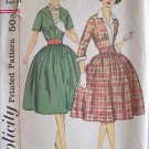 Vintage 60s Simplicity 3542 Full Skirt Dress Dickey Detachable Cuffs Pattern Size 14