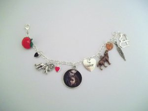 Twilight/Eclipse/Breaking Dawn-Inspired Handmade Charm Bracelet