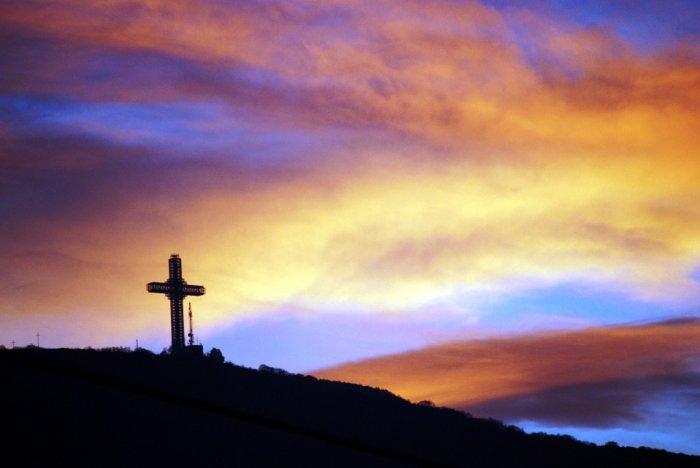 cross on sunset