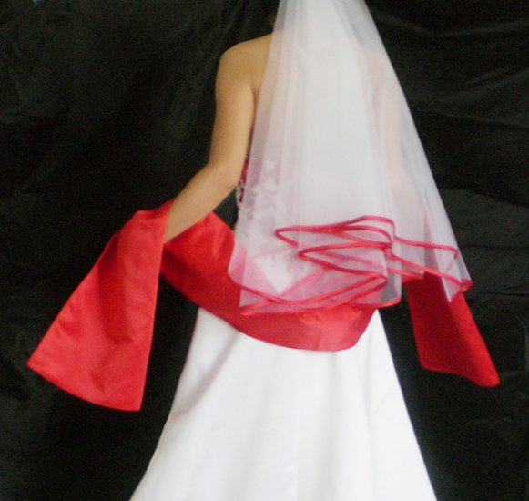 Wihte , Ivory white Bridal Veil Elbow Dk Red (APPLE) Satin Ribbon