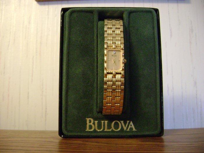 BEAUTIFUL LADIES BULOVA SWISS 97P13 ((LIKE NEW))