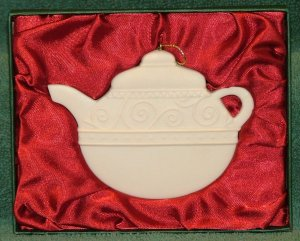 Demdaco Christmas Ornament Teapot FREE Shipping