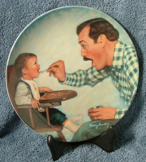 "Knowles Collector Plate ""Open Wide"""