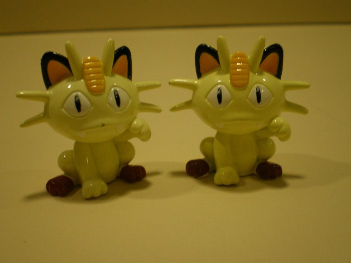 Meowth Figure Set