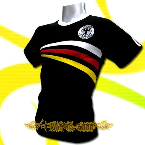 GERMANY BLACK GERMAN FOOTBALL COOL T-SHIRT SOCCER Size M /  L40
