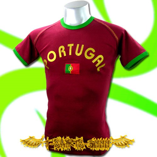 PORTUGAL RED FOOTBALL TEE T-SHIRT SOCCER Size M / F78