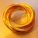 Vintage gold tone circle twist Pin    4everyoung