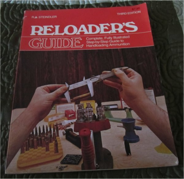 Reloader's Guide - Complete, Fully Illustrated Step-by-Step Guide to Handloading Ammunition