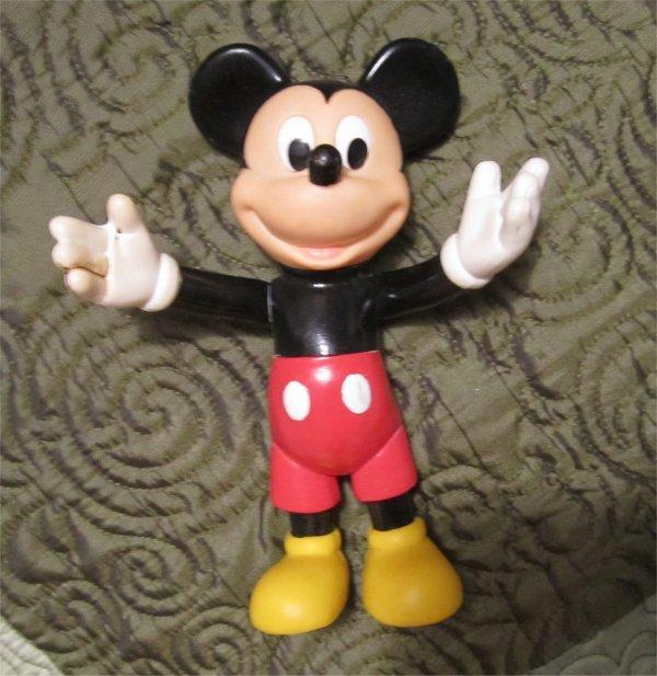 """Vintage Walt Disney MICKEY MOUSE 6.5""""  pvc vinyl Figure"""