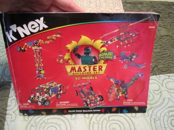 Instructions for original K'NEX Master Building set
