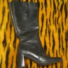 womans / Ladies heeled black Boots  Size 7.5  (7 1/2)