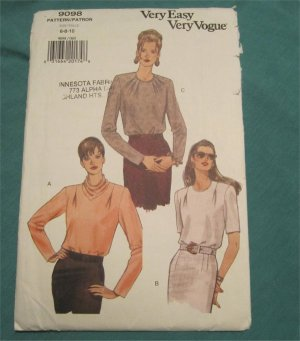 Very Easy Vogue sewing pattern 9098 Ladies pullover blouse long sleeve