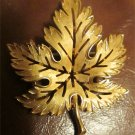 Trifari Maple Leaf Pin Vintage Costume Fashion Gold Plated Fall Autumn Brooch FREE SHIPPING