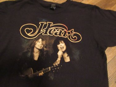 HEART Band Concert Tour Shirt Ann Nancy Wilson Size Adult Small