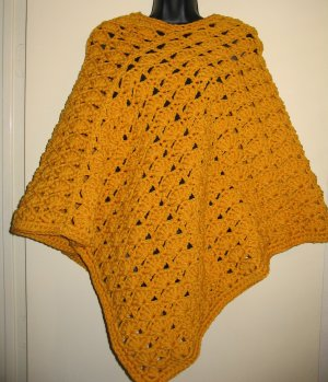 GOLD PONCHO DOUBLE YARN HANDMADE CROCHET CROCHETED