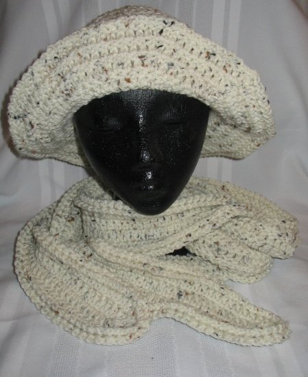 BUCKET HAT AND MATCHING SCARF IN ARAN FLECK HANDMADE CROCHET CROCHETED
