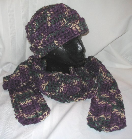 WINTER HAT & SCARF SET IN VARIEGATED YARN HANDMADE CROCHET CROCHETED