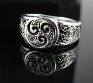 .925 Silver Triskele & Celtic Knots Ring - Sz 6-13