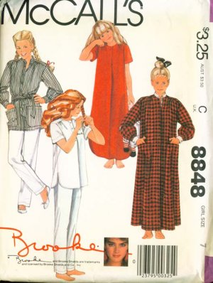 80's McCall's Brooke Shields pattern #8848 Robe, Nightgown or Pajamas 7
