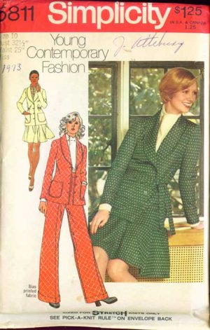 Simplicity 5811 Vintage YOUNG CONTEMPORY sewing pattern Crop Jacket Flip Skirt 10/32.5 uncut