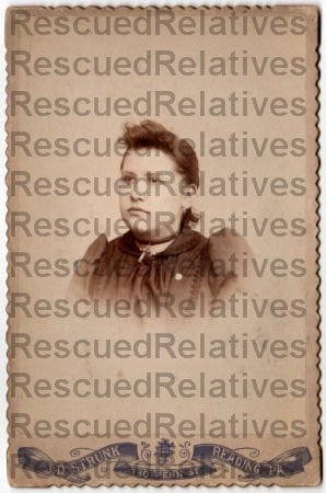 WALTER, ELIZABETH MUSSELMAN & daughters FLORENCE & IRENE,  2 Identified photographs, Lancaster, Pa.