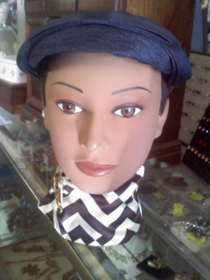 Navy blue vintage hat - topper type of the 1950's
