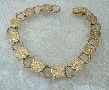 1967 vintage Sarah Coventry circle link bracelet in goldtone
