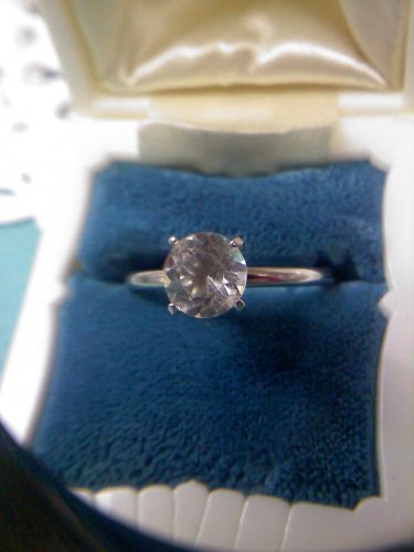 Jewelry store CZ diamond solitaire sample ring - vintage silvertone ring size 8