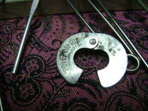 Vintage - Pom-Pon maker - metal