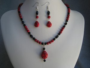 "18.5"" Red Ladybug Red Fossil Gemstone Black Glass Necklace Ear Ring set"