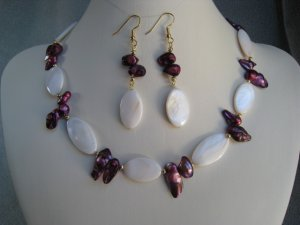 Maroon Mabe Pearls White Oval Mother of Pearl beaded Necklace Ear Ring set